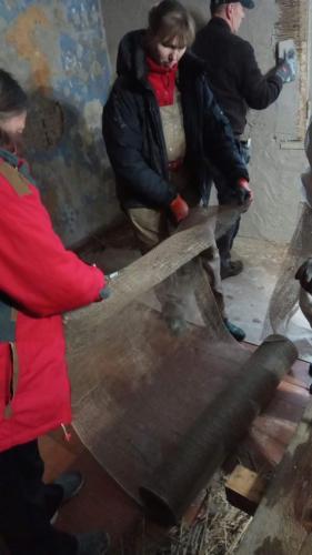 Dzhuudivõrgu lõikamine aknapalede jaoks (Ivari tuba)